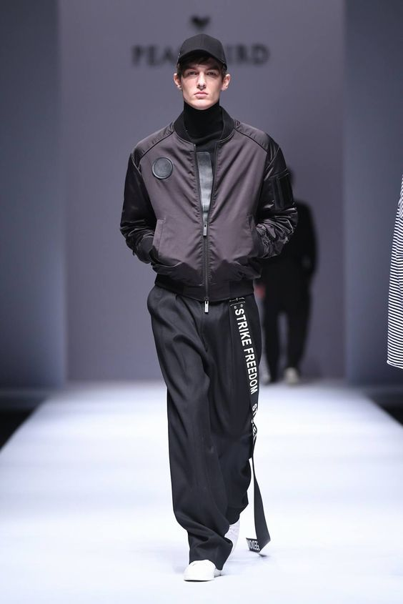 Male Fashion Trends: PEACEBIRD MEN Spring-Summer 2017 - Mercedes-Benz Fashion Week China