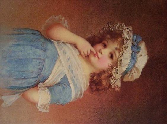 niña de azul