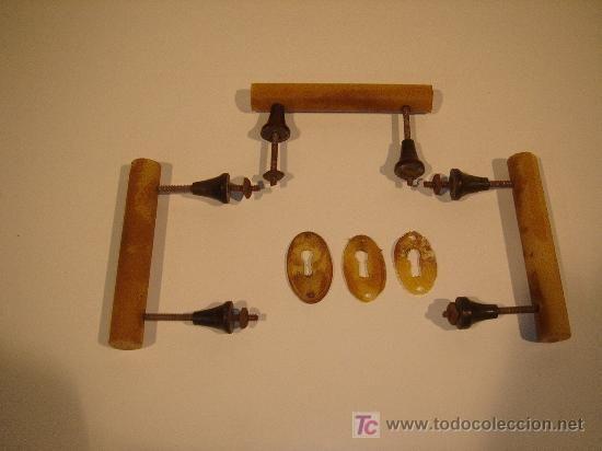 Tiradores y bocallaves art deco usados 30 dormitorio - Colgadores marta ...
