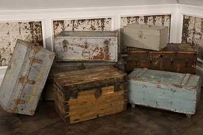 LOVE LOVE old trunks so much,All kinds,Primitive and antique ones