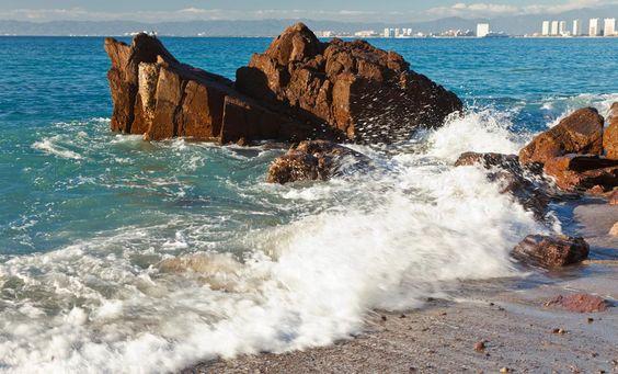 Listen to the Waves Crash  <3