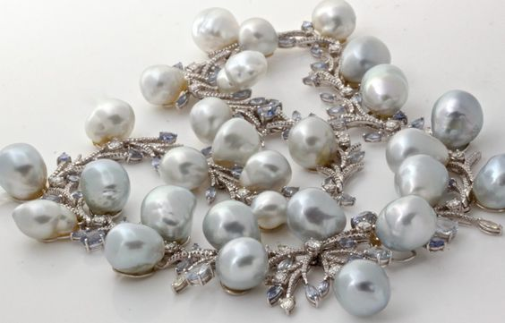 Diamond South Sea Baroque Pearl Gold Sapphire Necklace alt.