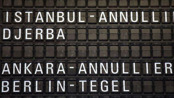 Airlines setzen Flüge aus: Auswärtiges Amt mahnt Türkei-Reisende zu äußerster Vorsicht