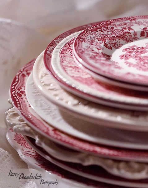 My favorite dinner set, I use to save it for special occasions only, now every day is a special occasion :-)