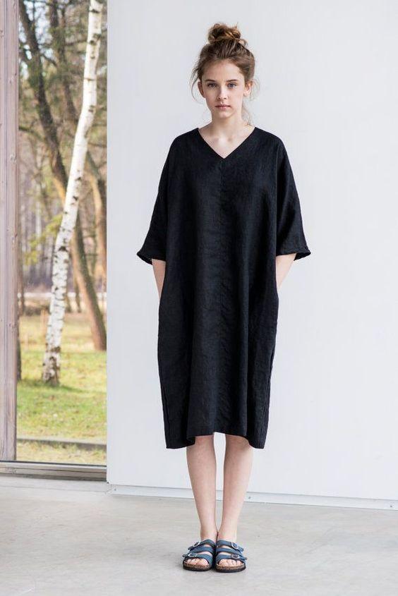 Gewaschen und weiche Bettwäsche Kimono Tunika/Kleid mit V-neck (wenn Sie wollen, rund um Hals, Bitte hinterlassen Sie eine Notiz bei der Bestellung). Die Tunika ist der etwas locker passen, also will man nicht allzu lockere Passform mit Größenanpassung eingehen kann.  S/M - Ärmel Form der Hals - 50 cm, Büste Bereich das Tuch - 136 cm M/L (XL) - Ärmel Form der Hals - 50 cm, Büste sind der Tuch-144 cm  Das Modell ist 170 cm groß und die Tunika ist 101 cm lang. Benutzerdefinierte Länge bis 115…