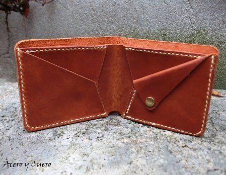 Billeteras artesanales de piel y cuero