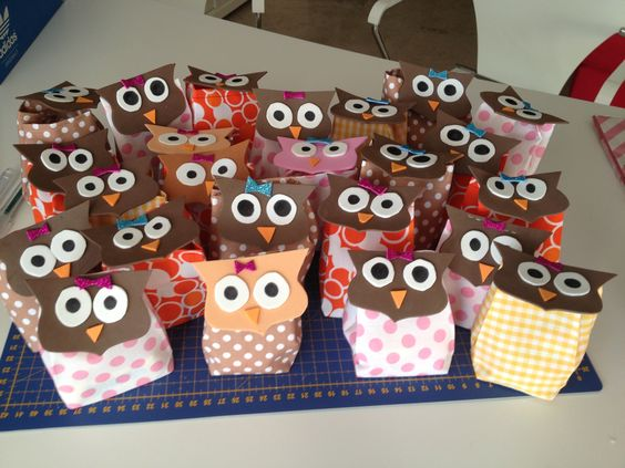 Regalos para cumplea os bolsas de tela y cara de b ho llenas de caramelos m quina de coser - Regalos para fiestas de cumpleanos infantiles ...