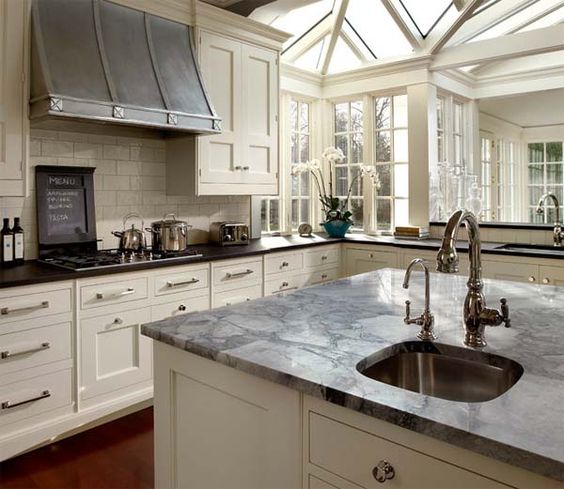 Kitchen Backsplash With Black Granite Countertops And White Cabinets: Black Granite, Stains And Flats On Pinterest
