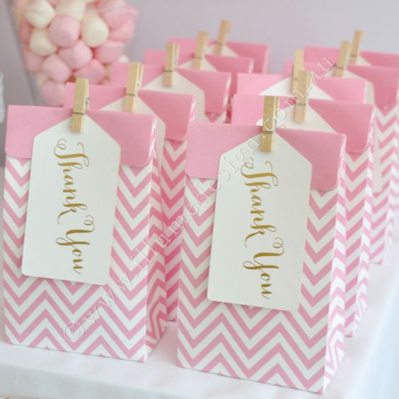 Pink treat bags with gold thank you tags
