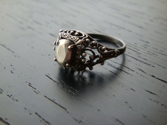 The Secret Garden Ring: Vintage Ring, Secret Gardens, Antique Rings, Beautiful Rings, Fashioned Ring, Jewelry Rings