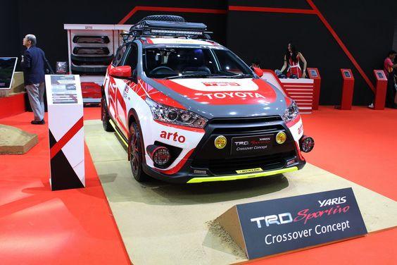 """ภายในบูธของโตโยต้า ที่งานบางกอก อินเตอร์เนชั่นแนล ออโตซาลอน ครั้งที่ 4 มีรถที่ถูกนำมาตกแต่งหลายรุ่น แต่รุ่นที่น่าสนใจและสะดุดตาอย่างมาก นั่นคือ Toyota Yaris TRD Sportivo Crossover Concept ที่จอดอยู่คันท้ายสุด แต่กลับรู้สึกว่าเจ้าคันนี้มันช่างโดดเด่นจนน่าเป็นเจ้าของจริงๆ หากพูดถึงสำนักแต่งชื่อดังสายตรงของโตโยต้า เห็นทีจะต้องเป็น TRD (ทีอาร์ดี) เท่านั้น ซึ่งงานนี้ได้เนรมิต """"ยาริส (Yaris)"""" เดิมๆ ให้กลายเป็นรถในสไตล์แรลลี่ที่ดูบึกบึน ดุดันและหล่อเหลาเอาการ…"""