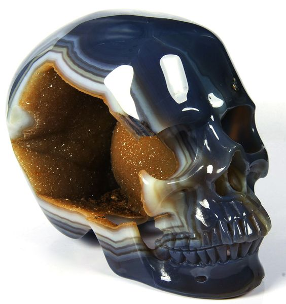Agate Carved Geode Skull from Rikoo on ebay.  Wow!