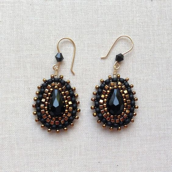 Bling earrings similar to Miguel Ases - made by Lisa Yang Jewelry.  Lots of free tutorials at her site.: