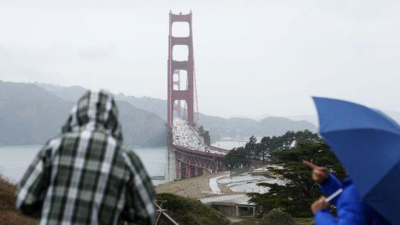 Officials approve Golden Gate Bridge suicide barrier funding