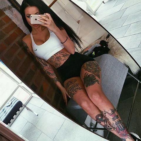Like, Follow or reblog if you consider this really is amazing! #sexy #sexygirls #sexytattoos #tatoogirls