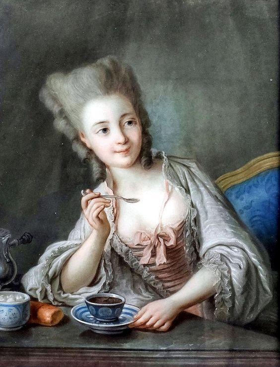 Portrait d'une jeune femme assise à une table, buvant du chocolat chaud, école française du 18e siècle: