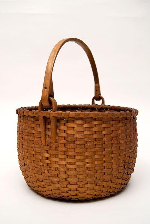 Antique Shaker swing-handled berry basket, c. 1850-1880.
