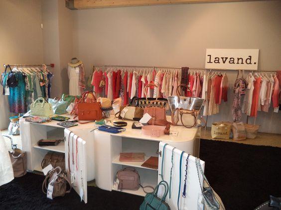 PANO DE FUNDO (Showrrom Lavand) Soraia Silva Customer Service / Fashion Brands Department   Pano de Fundo, Lda Rua do Cavaco, 90 4400-408 Vila Nova de Gaia   Telf.: +351 22 3745278/9 Fax: +351 22 3710831 Tlm.: +351 93 2115920   Email: soraia.silva@panodefundo.pt Web: www.panodefundo.pt