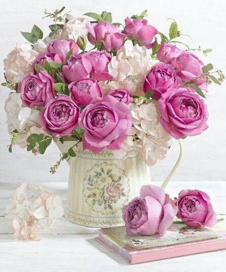 .Floral arrangement: