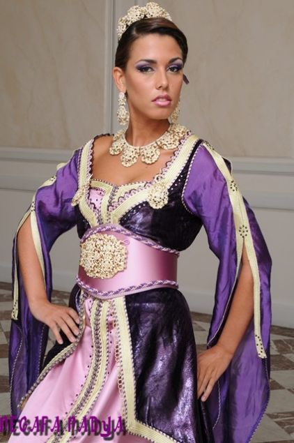 caftan moderne: Clothing Inspirations, Moroccan Caftans, East, Moroccan