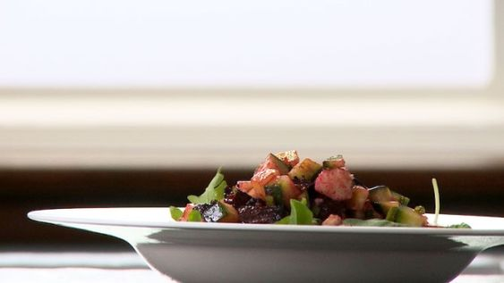 Salade de betteraves rôties - Recettes de cuisine, trucs et conseils - Canal Vie