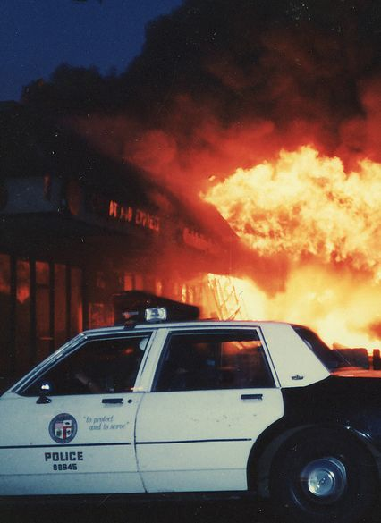 anthraxenchiladas: LA riots, 1992 - Writing inspiration #nanowrimo #scenes #settings #dystopian