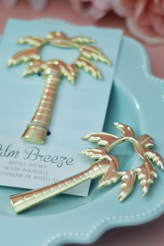 This palm tree bottle opener is the perfect favor for a beach or tropical summer wedding.