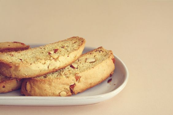 mmhmm.. biscotti - by oh yenner