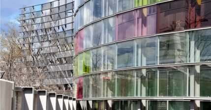 Genzyme Labs, Lyon, France, Patriarche & Co, 2010.  http://www.thomas-daily.de/project/detail/id/ef8fbbc1-d61c-4fca-994f-574cb7c0d8e4%3Bjsessionid=aaa70yA4DrKKIcA7pHo4t