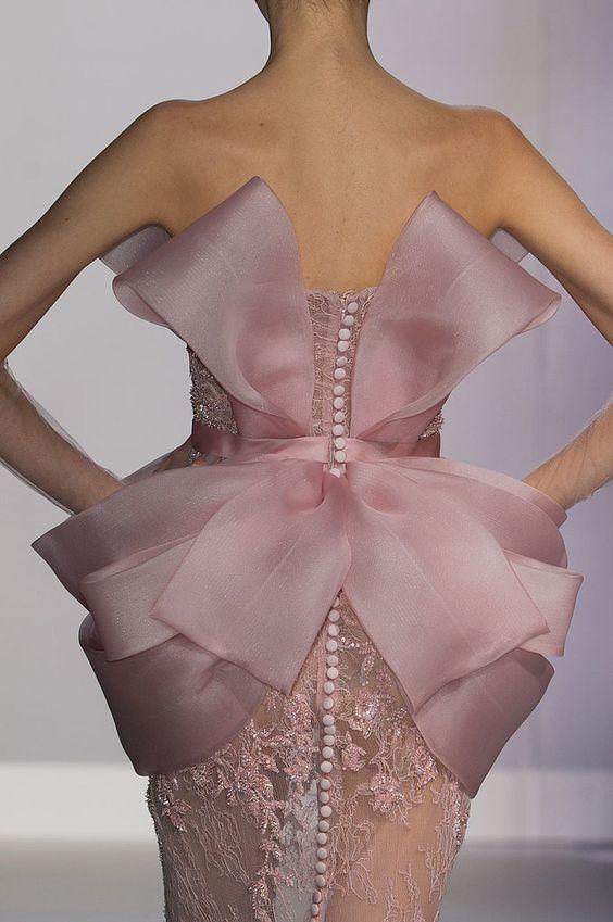 Ralph & Russo Haute Couture Spring 2014. vue de dos.: