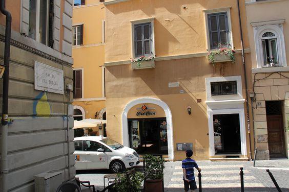 Gelateria Ciuri Ciuri Largo Del Teatro Valle 1, Rome, Italy Our favorite to get Gelato and Cannoli's