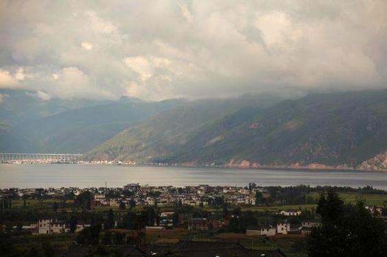 Lago Erhai desde el templo de las Tres Pagodas
