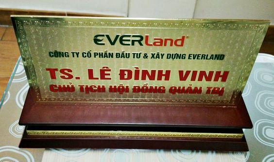biển chức danh công ty everland