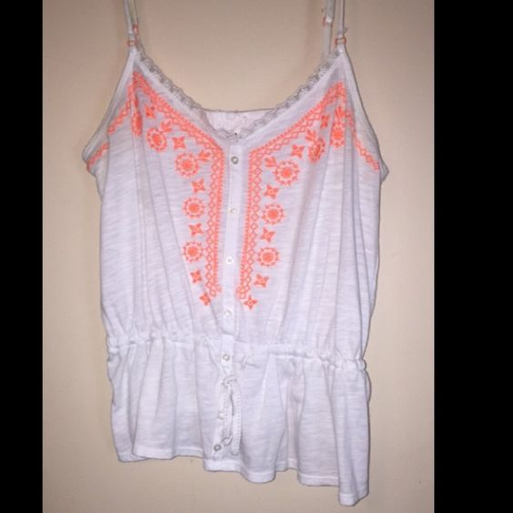Aero Top Size Medium super cute tank! Bundle & save. Willing to trade for equal value  Aeropostale Tops Tank Tops