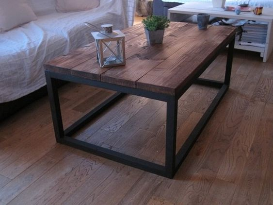 Table basse industrielle en bois massif m taux tables et salons - Table salon bois metal ...