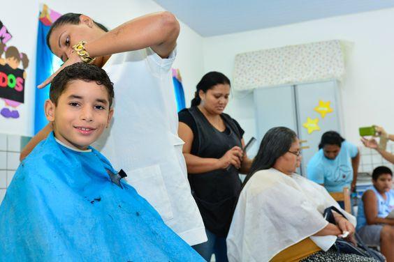 Prefeitura de Boa Vista, moradores do Asa Branca aproveitam serviços oferecidos em escola municipal #pmbv #prefeituraboavista #boavista #roraima