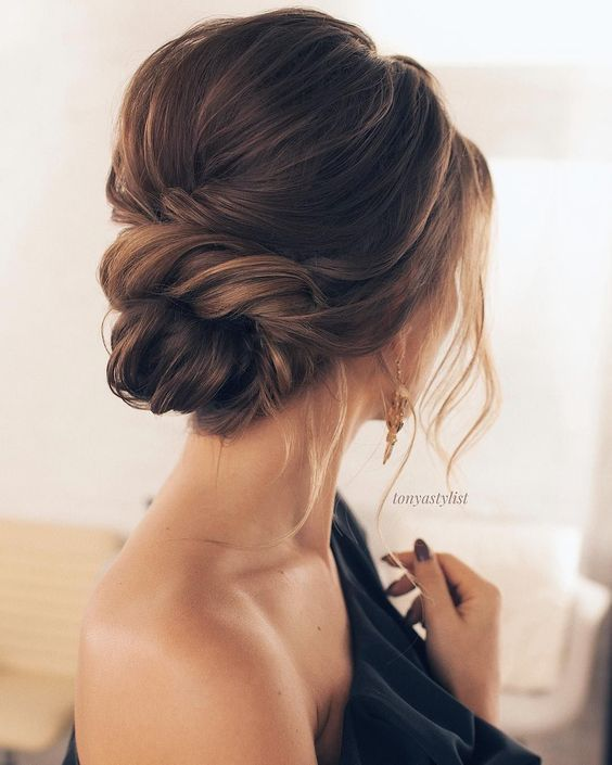 44 Trendy Updos For Medium Length Hair And Long Hair Koees Blog Hair Styles Wedding Hair Inspiration Long Hair Styles