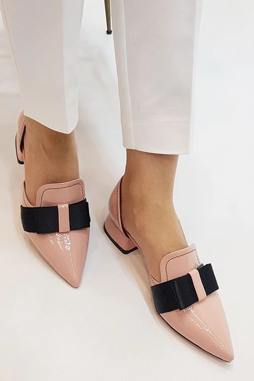 Bow Pointed Flats