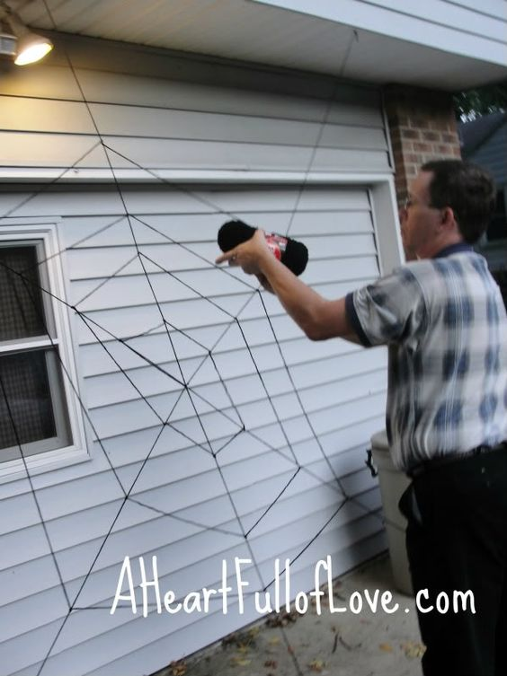 DIY Giant Spider Web Halloween Decoration House decorations, Yarns - spider web decoration for halloween