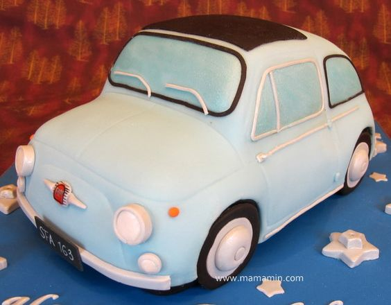 Vintage Fiat 500  Cake by Mama Min, via Flickr