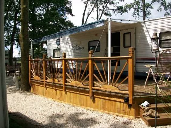 Awesome rv deck and campsite landscaping ideas for our for Rv decks