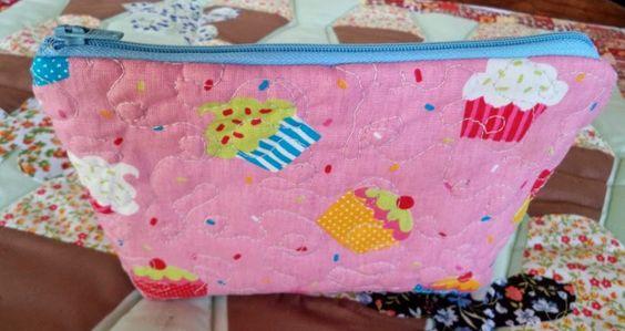 Lili Ponto a Ponto: Necessaire cupcake
