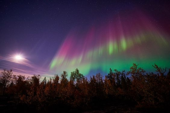 cold moonlit night & magical Northern lights spectacular