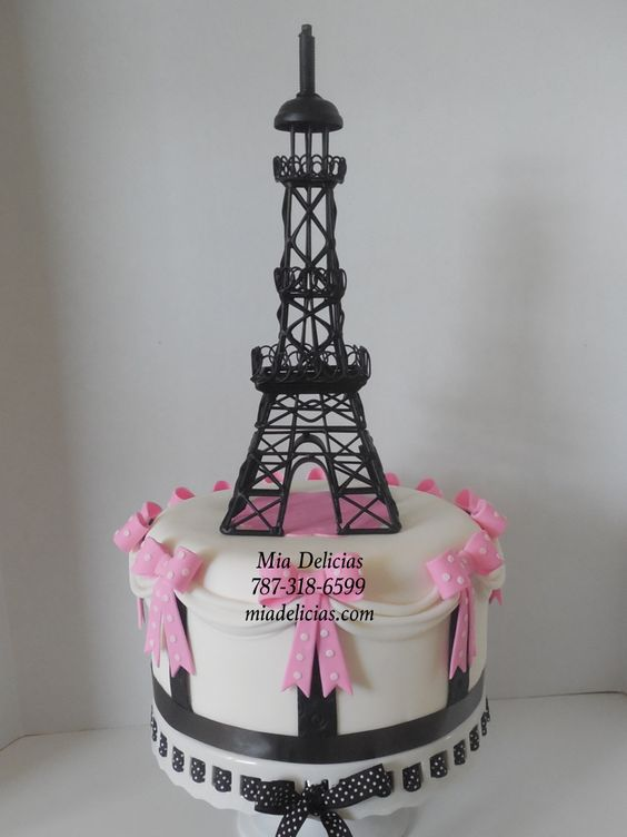 Cake Images With Name Pari : Black/White - Paris / Torre Eifer Cakes Pinterest ...
