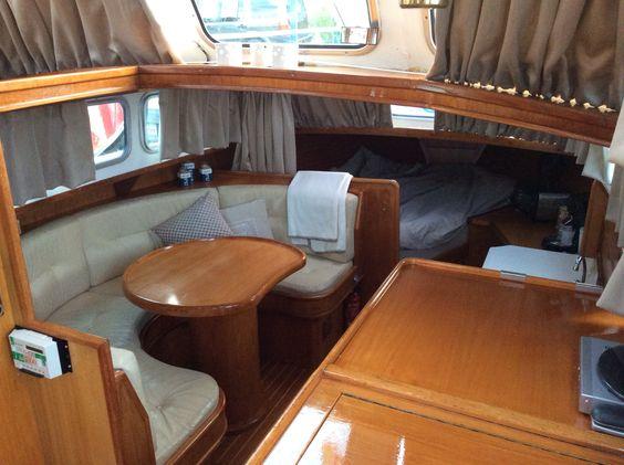Interieur Meeuwkruiser. Boat interior