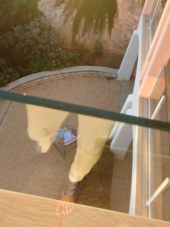 The ghost of Los Blancas pantalones!! (Bermuda)