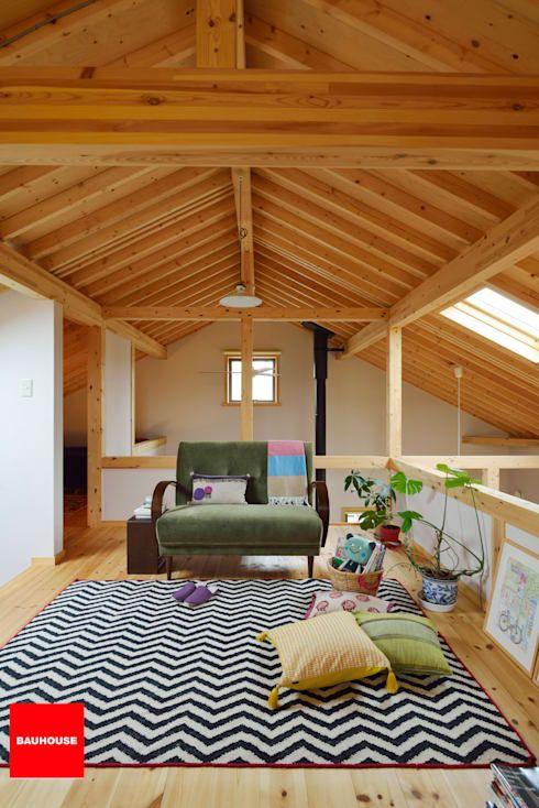 屋根の形状が反映された素敵な天井デザインbest5 家具のアイデア