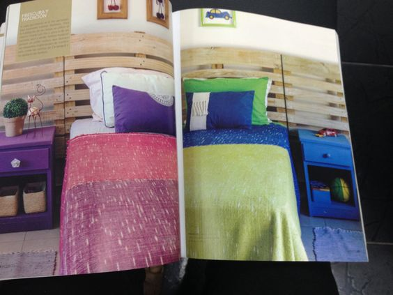 Sobre cama colorido