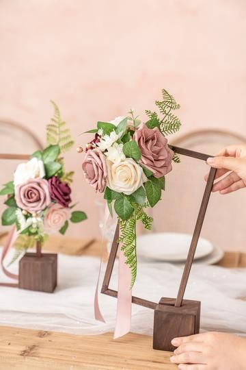 Simple DIY Wedding Decoration Idea With Flowers And Greenery On A Hoop