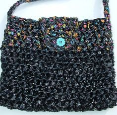 Recycled video tape into crocheted bag - *free* pattern   #repurpose #reuse #recycle